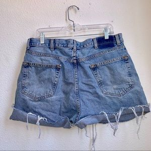 Levi   ReWorked Distressed Jean Shorts